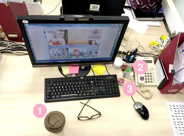 Фото №4 - Кукла вуду, наушники и еда: что на рабочих столах у редакции Elle Girl