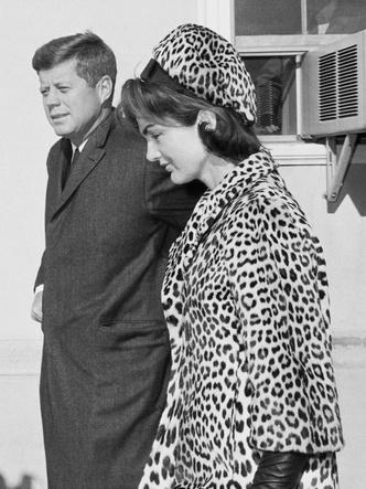 Фото №4 - Азбука стиля Жаклин Кеннеди: 10 вещей, которые она сделала культовыми