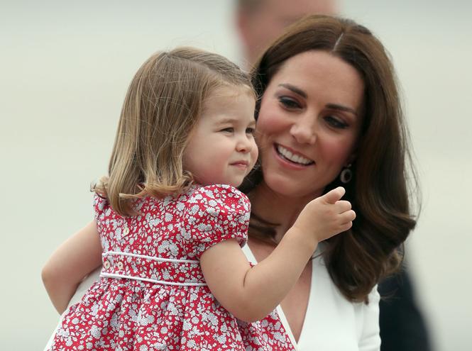 Фото №16 - Принцесса Шарлотта Кембриджская: третий год в фотографиях