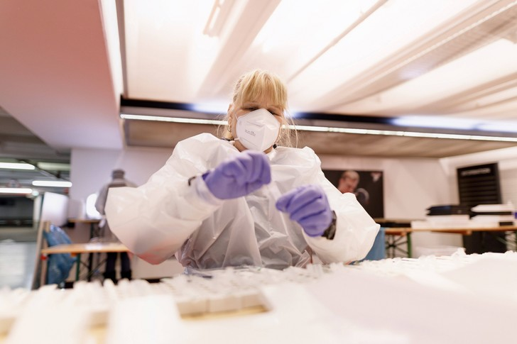 Фото №1 - У кого больше всего антител к коронавирусу