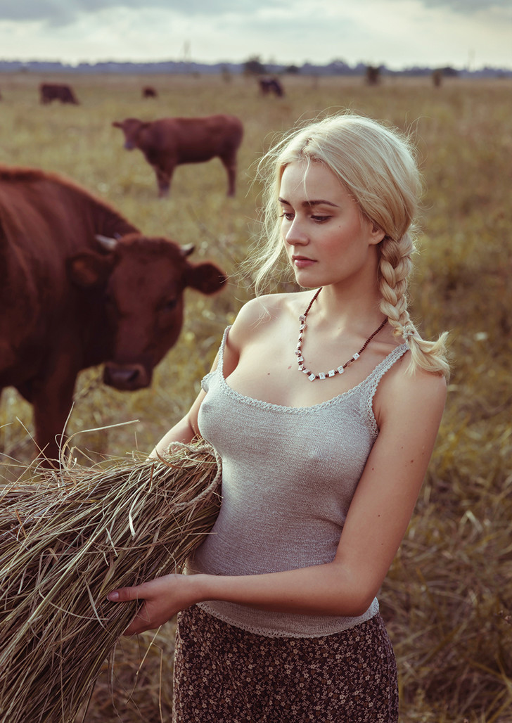 Фото №5 - Ульяна Добровская в февральском номере журнала MAXIM