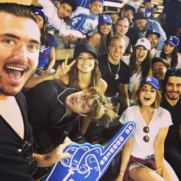 Фото №18 - Звездный Instagram: Хокей, футбол, баскетбол и бейсбол