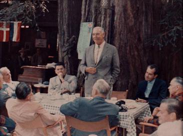 Фото №3 - Место, где больше 100 лет собираются самые влиятельные люди США для странных ритуалов