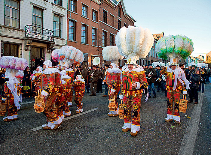 Фото №1 - Бельгия. Карнавал в Бенше