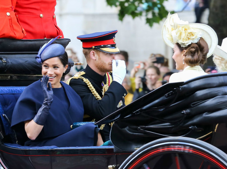 Фото №1 - Герцогиня Меган стала влиятельнее герцогини Кейт