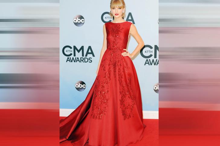 Тейлор Свифт на церемонии CMA Awards, 2013 год