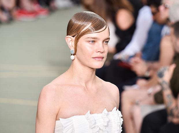Фото №4 - Наталья Водянова снова в строю: модель на показе Givenchy