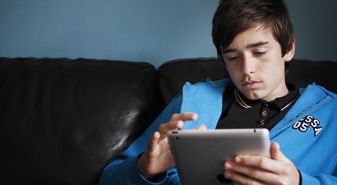 Секс и интернет: как защитить подростков