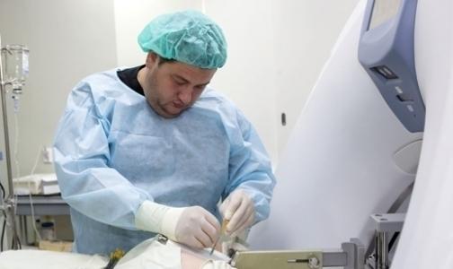 Фото №1 - Впервые в мире петербургский врач применил брахитерапию в лечении рака поджелудочной железы