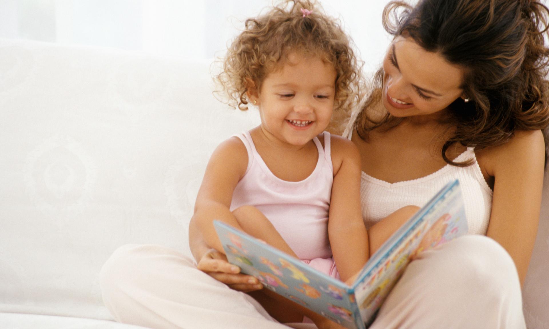 10 веселых книг, которые развивают малыша незаметно