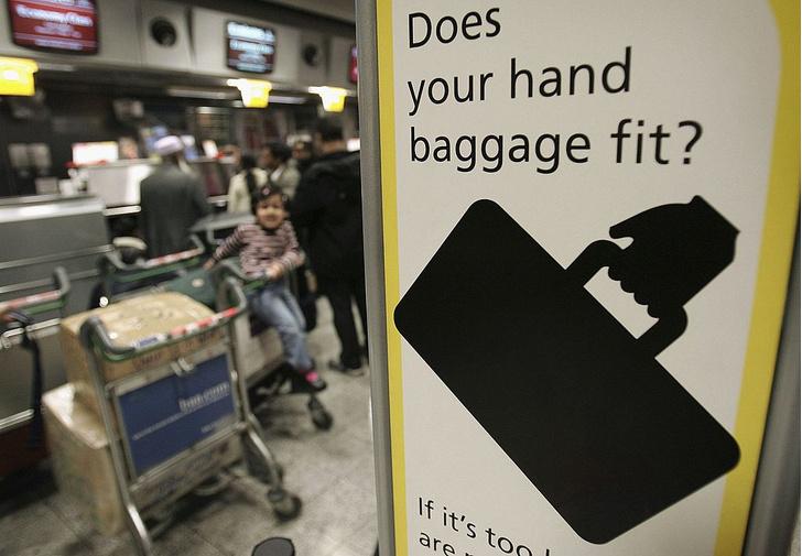 Фото №1 - 7 странных вещей, которые пассажиры пытались пронести в самолет