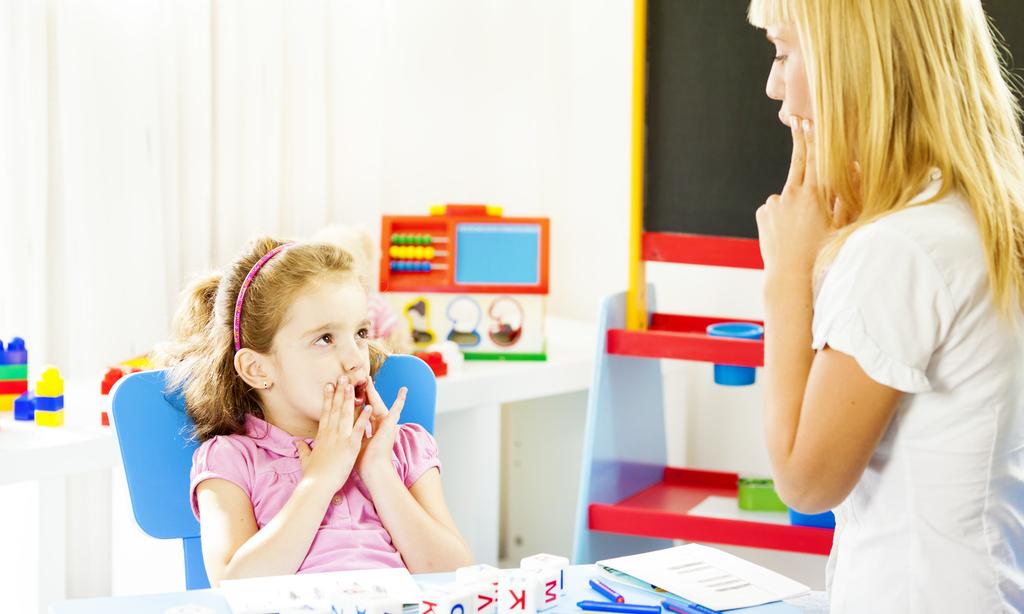 У ребенка дефект речи или звукопроизношения: как отличить и исправить