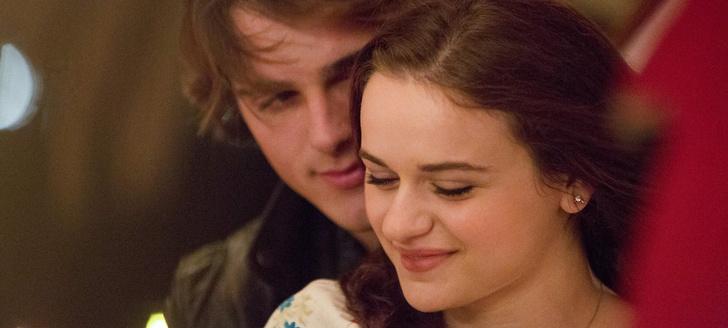 Фото №3 - «Будка поцелуев»: кто написал книги и чем они отличаются от фильмов Netflix