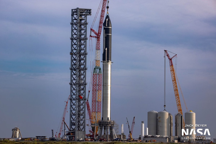 Фото №1 - Все космические ракеты-носители: от самой крохотной до гигантской— на одной картинке