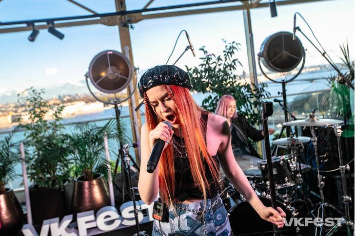 Фото №1 - «Кис-Кис», «Лауд», Flesh и другие яркие открытия VK Fest 2020