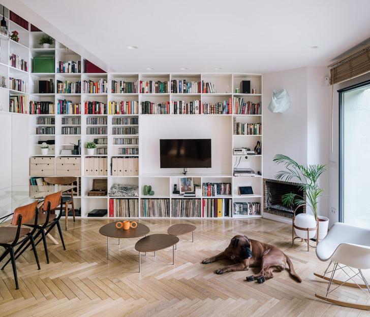 Фото №3 - Дом с двухэтажной библиотекой в Мадриде