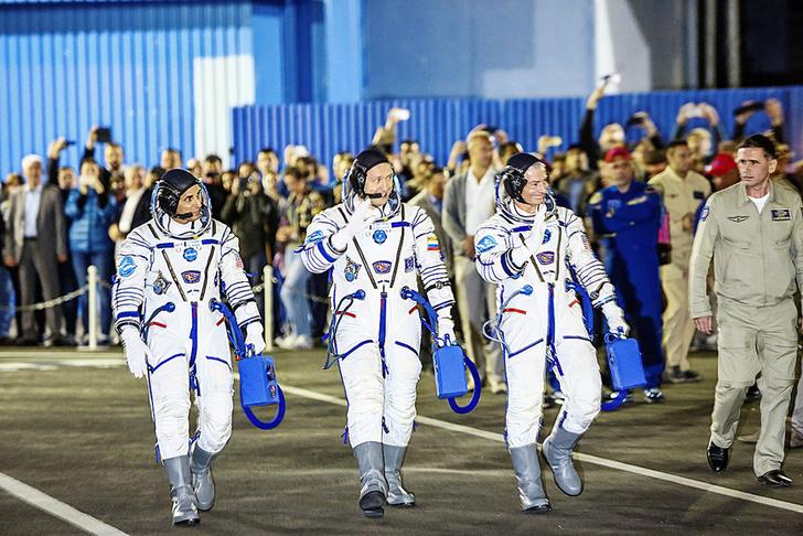 Фото №4 - Ночное рандеву: Как происходит сближение космических аппаратов