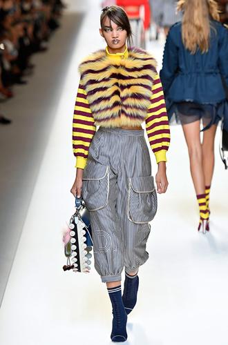 Фото №40 - 10 весенних трендов с Недели моды в Милане
