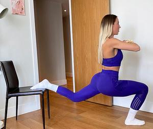 Фото №6 - 6 упражнений на все тело, для которых нужен только стул