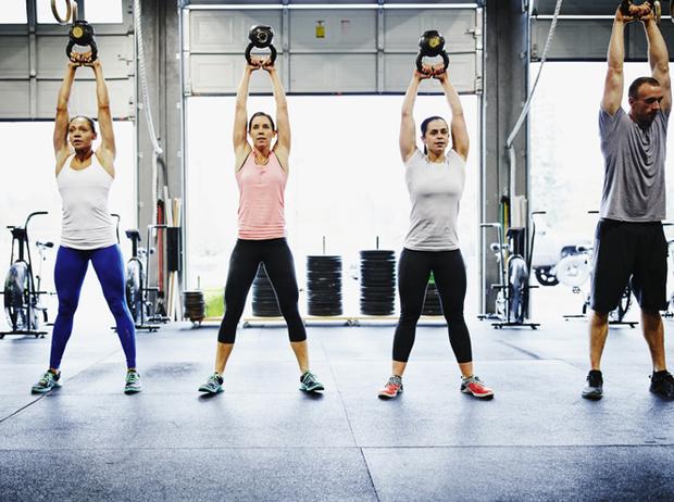 Фото №2 - Кроссфит: мифы о вреде круговых тренировок