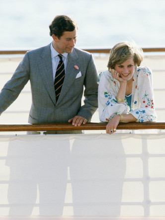 Фото №7 - Плавучий дворец Елизаветы: как выглядела любимая яхта Королевы (и как она проводила там время)