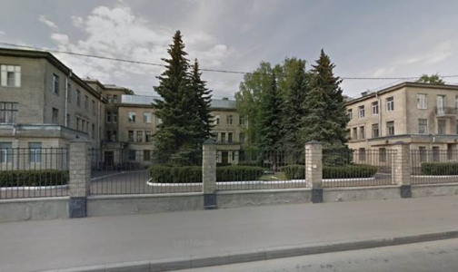 Фото №1 - Больница Святителя Луки получит новый корпус. Для него город выкупает здание ЛОМО