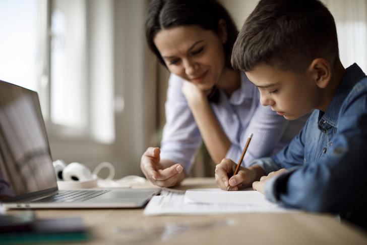 Фото №2 - Нервный тик и новый опыт: как мы с сыном осваивали дистанционое обучение