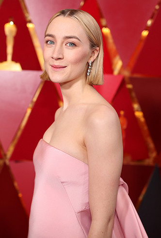 Фото №21 - «Оскар-2018»: 10 лучших платьев церемонии награждения