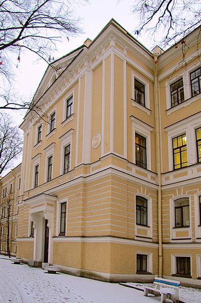 Фото №2 - Putin and the City: где президент родился и женился