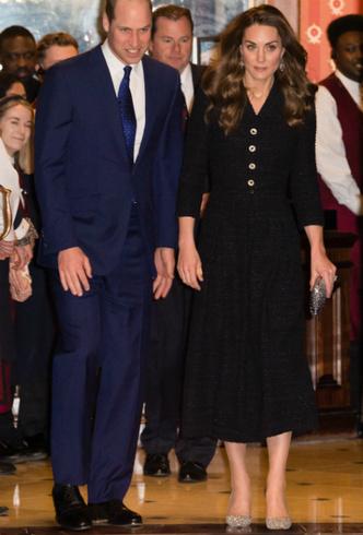 Фото №5 - Украшение со смыслом: герцогиня Кейт и ее «ювелирный реверанс» Королеве