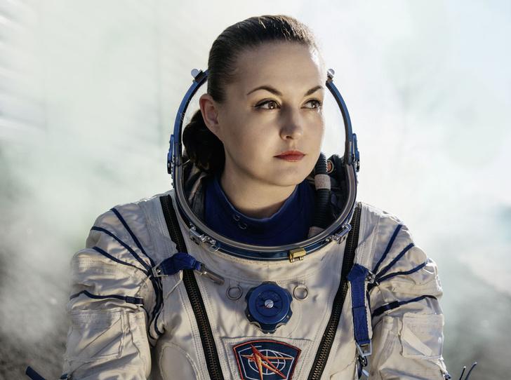 Фото №1 - Елена Серова: «Однажды я позвонила дочери из космоса во время урока»