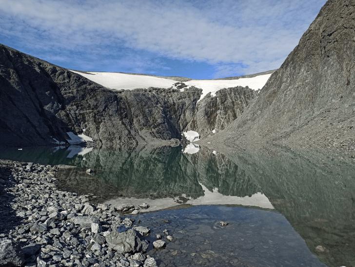 Фото №1 - На Полярном Урале полностью растаял самый длинный ледник