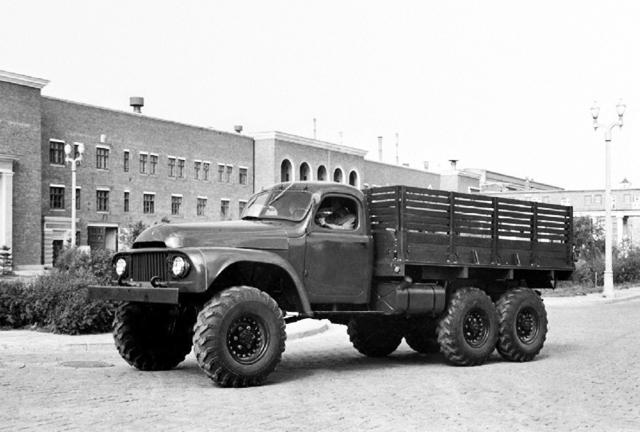 Фото №5 - Советские автомобили, которые выпускали за границей