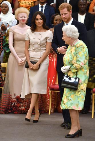 Фото №3 - Как костюм Prada подтвердил модную репутацию герцогини Меган