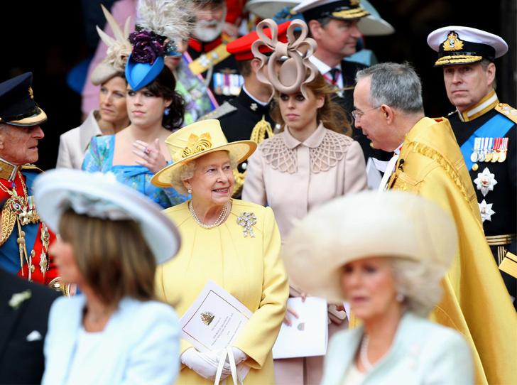 Фото №3 - Герцогиня Кейт удостоена личной награды Королевы (и поклонникам Меган это не нравится)