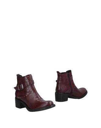 Купить недорогие ботинки, ботильоны и полусапоги из кожи
