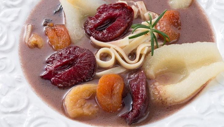 Фото №1 - Три рецепта фруктового супа
