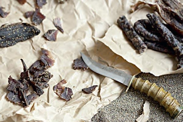 Фото №1 - Вяленое мясо антилопы. Намибия