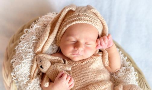 Фото №1 - Апрельская рождаемость в Петербурге побила антирекорд за 9 лет