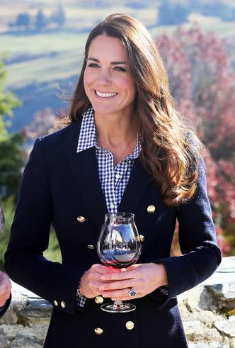 Фото №9 - Принцесса масс-маркета: как герцогиня Кейт носит одежду бюджетных брендов