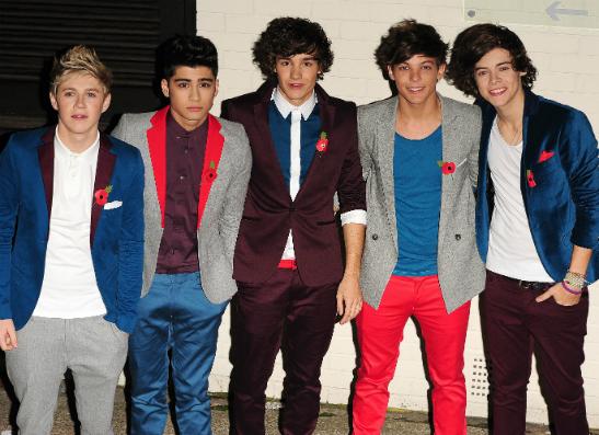 Фото №1 - One Direction обвинили в пропаганде бодиарта