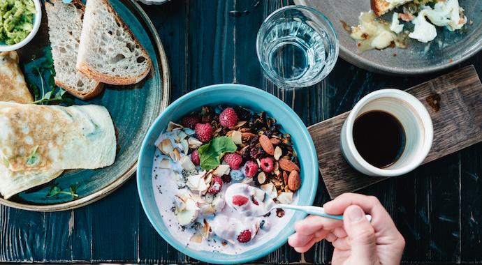 Как счастливые воспоминания о еде помогают похудеть