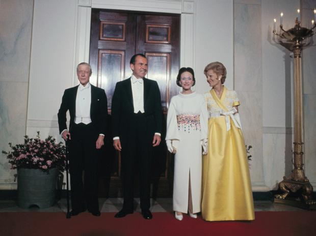 Фото №40 - Стиль Уоллис Симпсон: уроки элегантности от герцогини Виндзорской