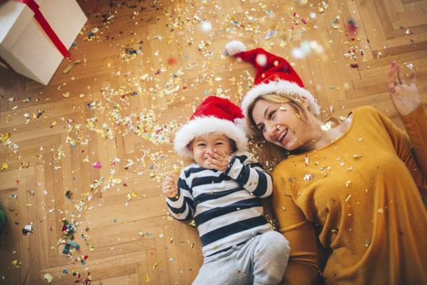 Фото №2 - Первый Новый год малыша: как избежать ошибок