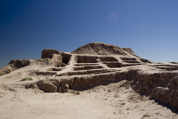 Фото №1 - В соляную пустыню за надеждой