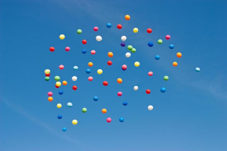 Фото №1 - Далеко ли улетают надутые гелием шарики?