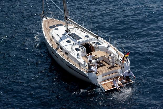Фото №2 - Яхта, лайнер, баржа и другие способы жить на воде
