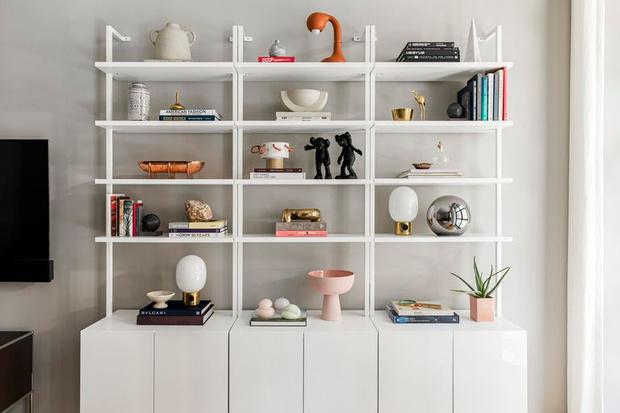 Фото №6 - Стеллаж в гостиной: лучшие идеи и решения