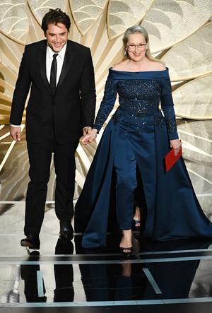Фото №37 - Легенды «Оскара»: самые известные платья в истории премии