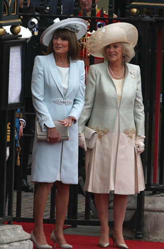 Фото №4 - Гардероб Кэрол Миддлтон: как одевается мама герцогини Кембриджской